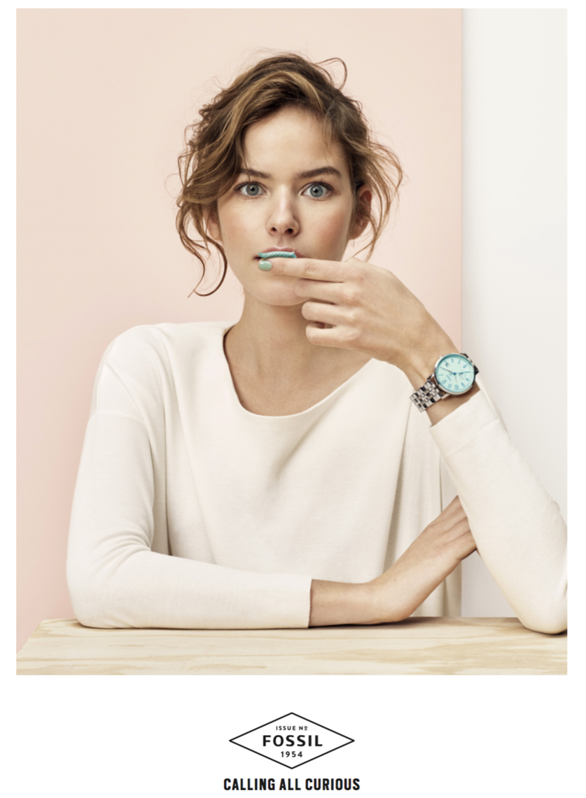 000010-Model-white-sweater-watch-copy