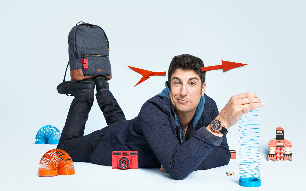 000037-Jason-Biggs-lying-down-copy